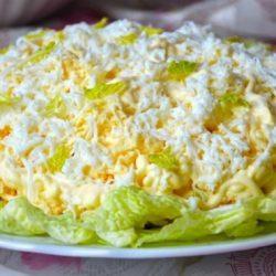 Для любителей пекинской капусты. 6 самых вкусных и нежных салатов