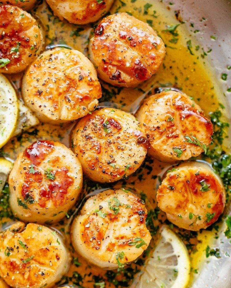 Гребешки в лимонно-чесночном соусе